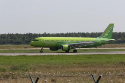 Аэропорт Домодедово встретил первый самолёт «Сибири» в «зелёной» ливрее
